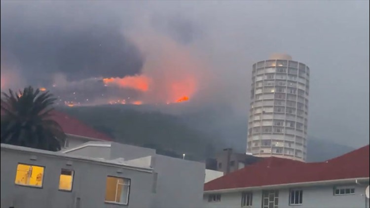 Firefighters battle strong winds to contain Cape Town Fire