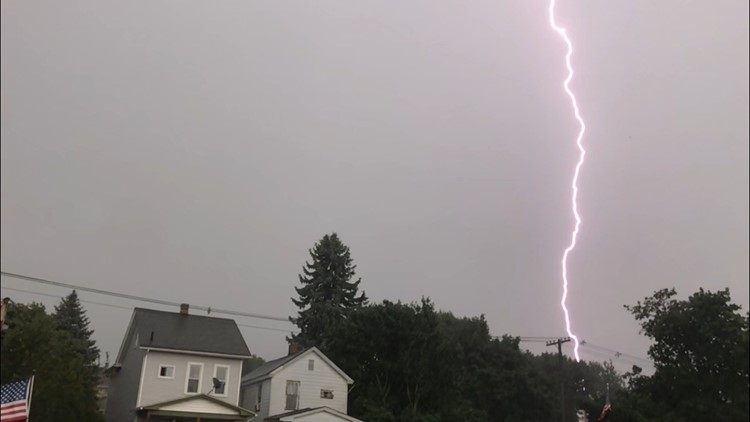 Lightning near Altoona, Pennsylvania