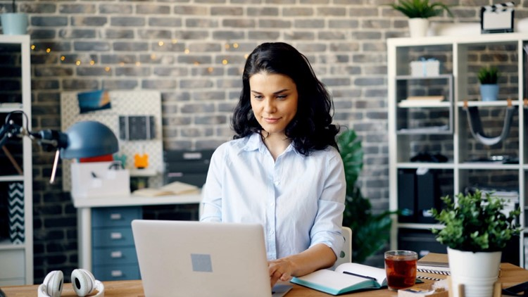 Adjust to a Hybrid Workplace Without Compromising Company Culture