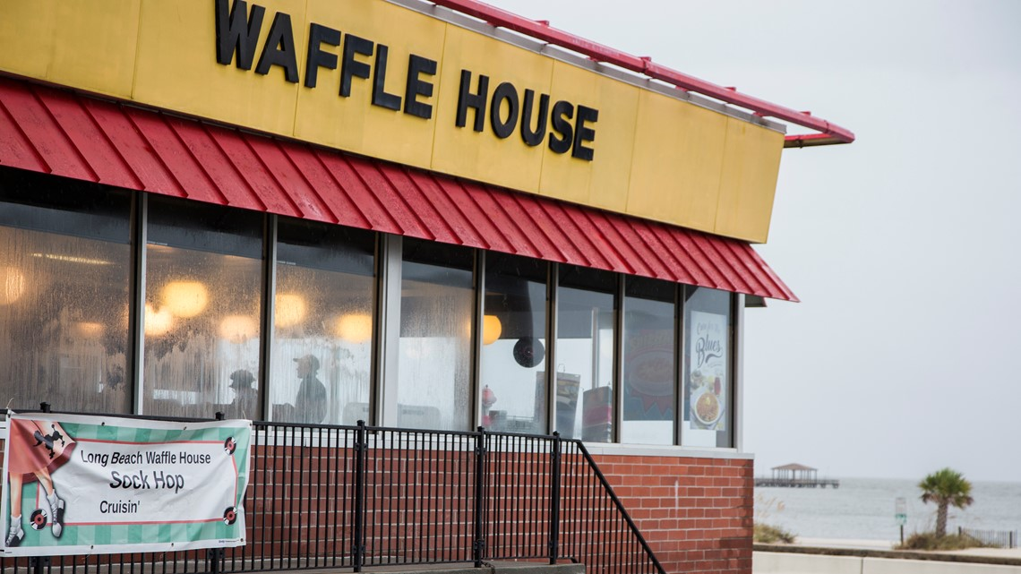 Waffle House Reopens In Panama City Beach Fl Days After Hurricane Michael Wtsp Com
