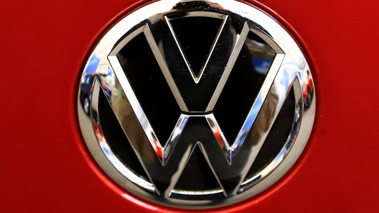 Volkswagen recalls 105,000 Beetles with faulty Takata air bags