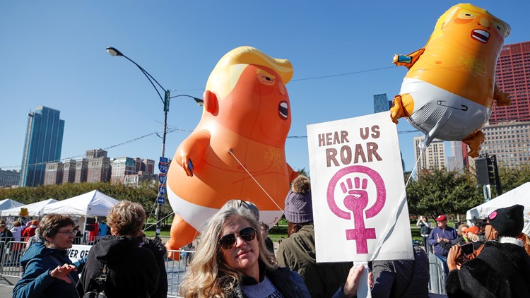 womens march chicago trump balloon