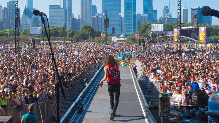 Lollapalooza to require vaccination card or negative test