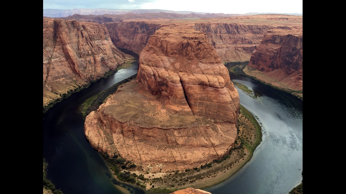 California girl dies in fall from scenic Arizona overlook