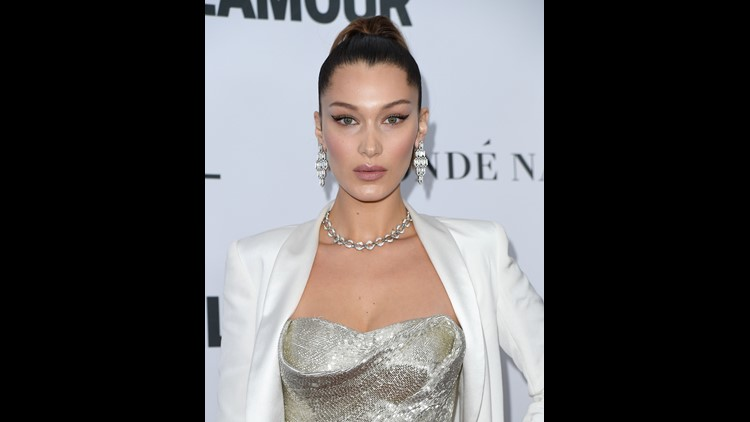 Hadid took to the comment section of 'E! News's Instagram to shut down the reunion rumor that she's back with the singer.