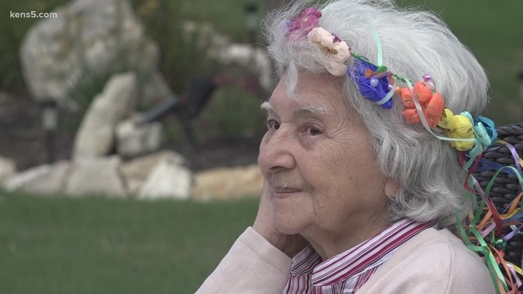 Community parade held to celebrate birthday of 96-year-old woman who lost home in fire