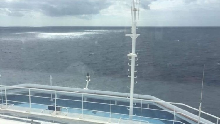 Carnival cruise ship has temporary power outage while en route to Cozumel