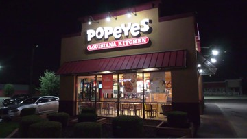 Man pulls gun on Popeyes employees, demands chicken sandwiches, police say