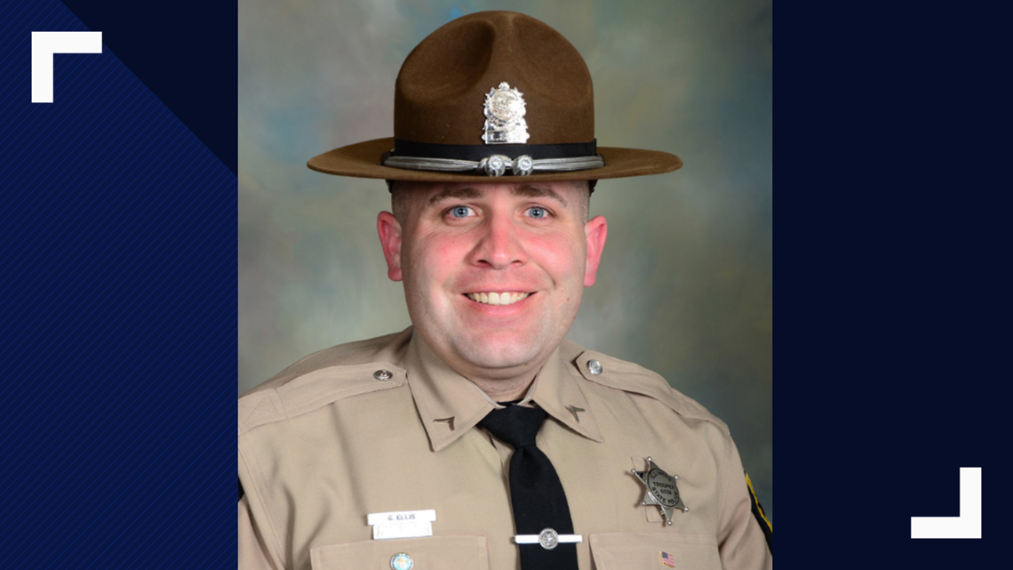 Illinois State trooper killed in head-on crash north of Chicago