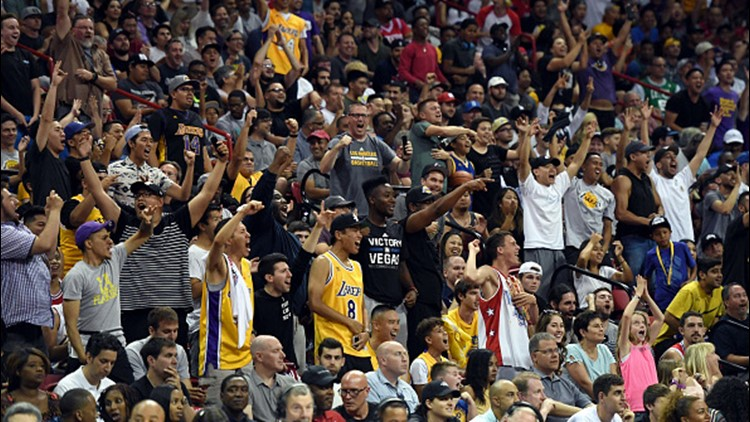 start LeBron  Lakers spreads, news fans As James