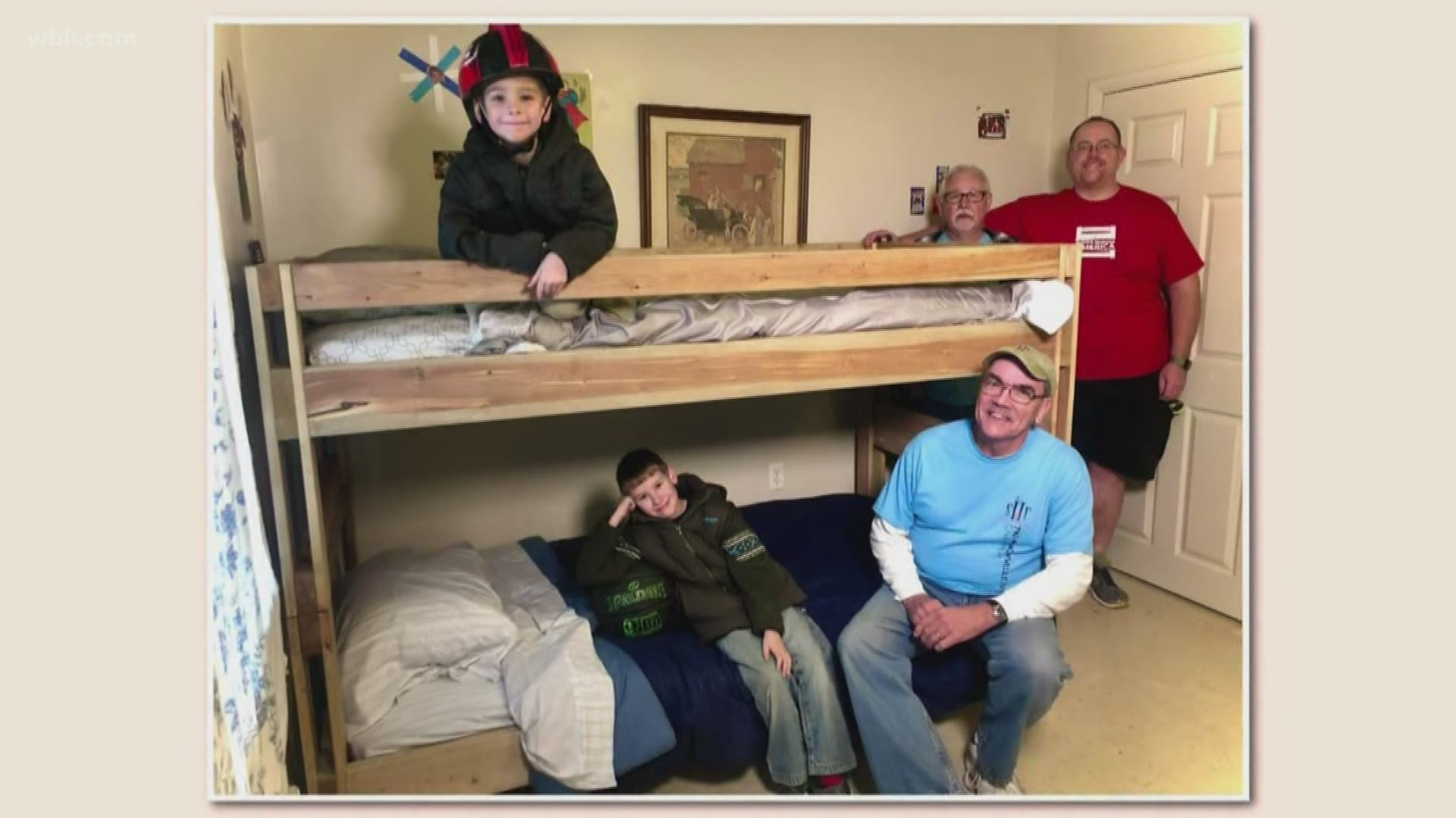 Pay It Forward Local Nonprofit Builds Beds For Bedless Children Wtsp Com