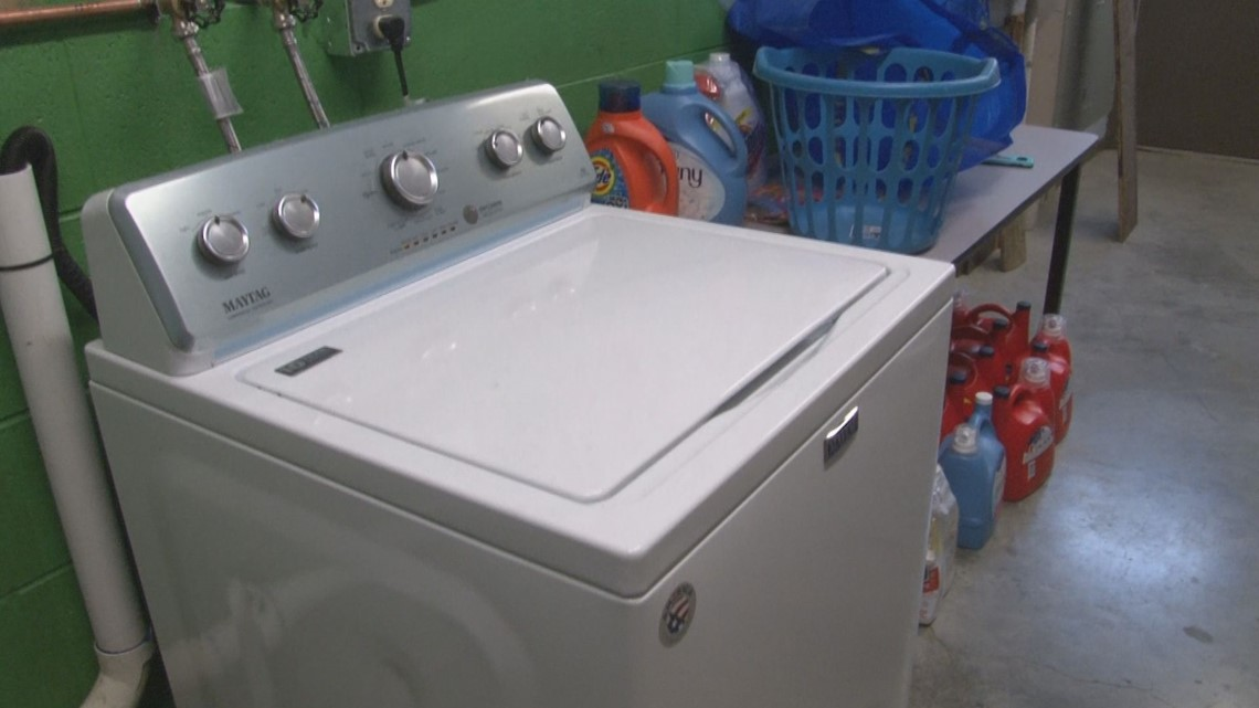 School washes dirty laundry for kids who can't