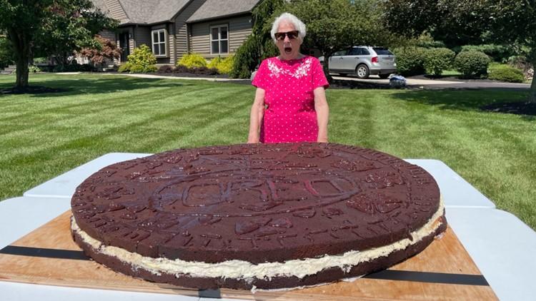 Grandma, grandson team up to create world's largest Oreo