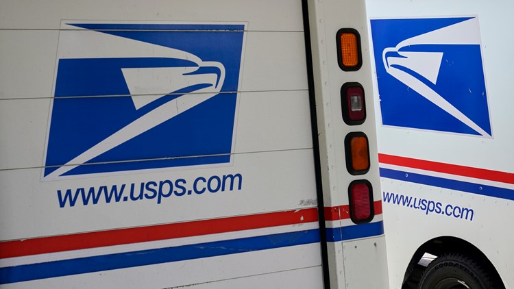 Police: Bradenton mail carrier killed after SUV runs stop sign, crashes into USPS truck