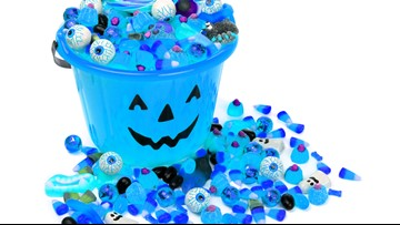 Verify: Do blue Halloween buckets signify trick-or-treaters with autism?