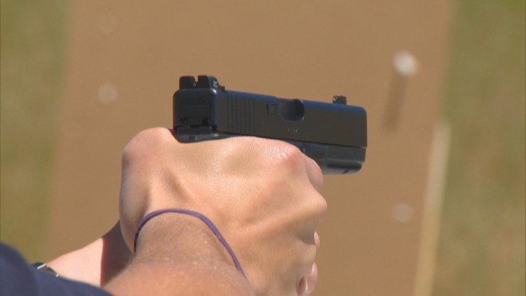 Texas House passes bill allowing handguns to be carried without a permit