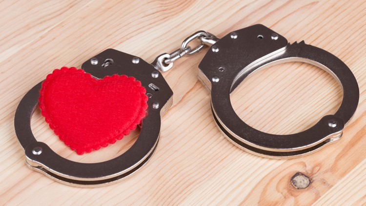 North Carolina sheriff's department offers 'sweet' Valentine's Day deal for exes of wanted offenders