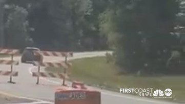 Video shows drivers going around barriers, off-road to avoid Florida coronavirus checkpoint