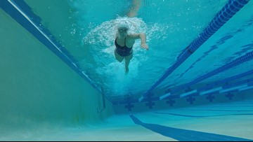 Mom's cancer diagnosis gives new meaning to teen's swim event