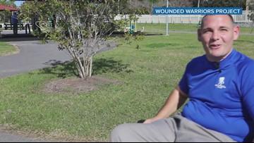 Dexter Jackson suprises Pinellas Park vet with Super Bowl tickets