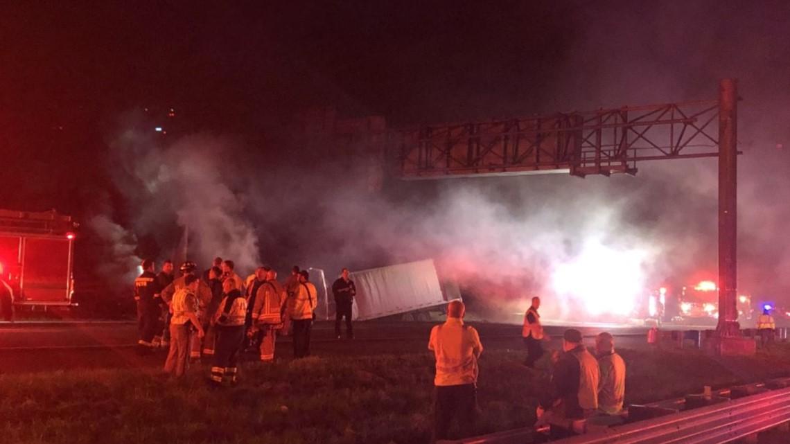 PHOTOS: Semi crash closes I-75 NB
