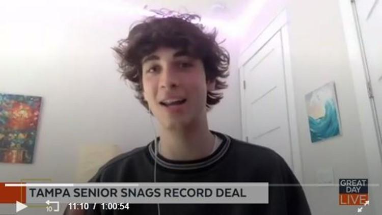 Tampa-area senior Aidan Bissett scores record deal