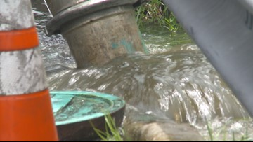 Sewer blockage causes wastewater to flow into Sarasota Bay water drain