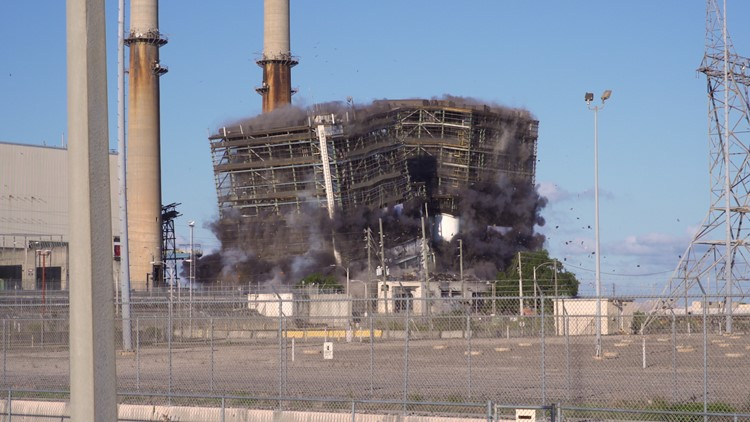 2 Duke Energy power houses come down in implosion