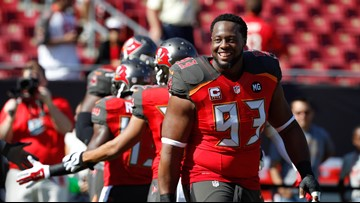 Former teammates show up to support Gerald McCoy's son on senior night