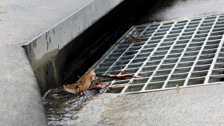 Reports: Florida woman found naked, bound in storm drain