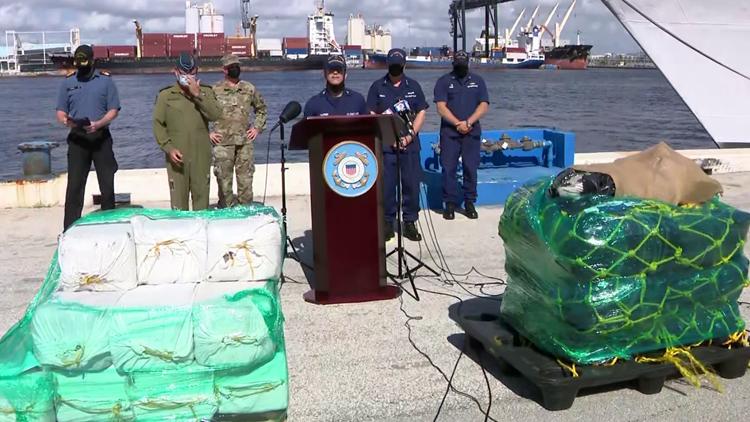 Coast Guard offloads historic $1.4B worth of cocaine, marijuana in Port Everglades