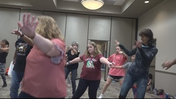 St. Pete dance group organizes massive 'Thriller' flash mob