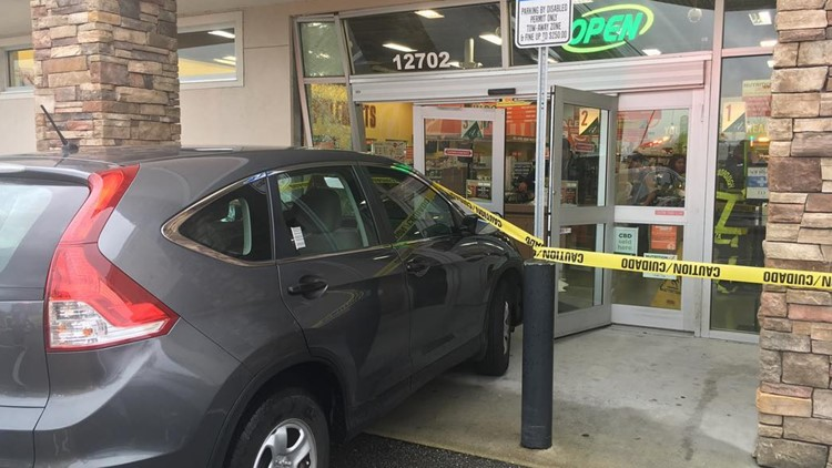 Car crashes into nutrition store in Tampa | wtsp com