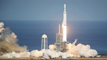 SpaceX Falcon Heavy rocket set for nighttime launch from Cape Canaveral