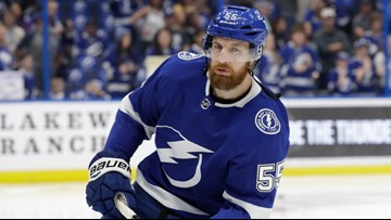 Lightning re-sign Coburn to $3.4M, 2-year deal