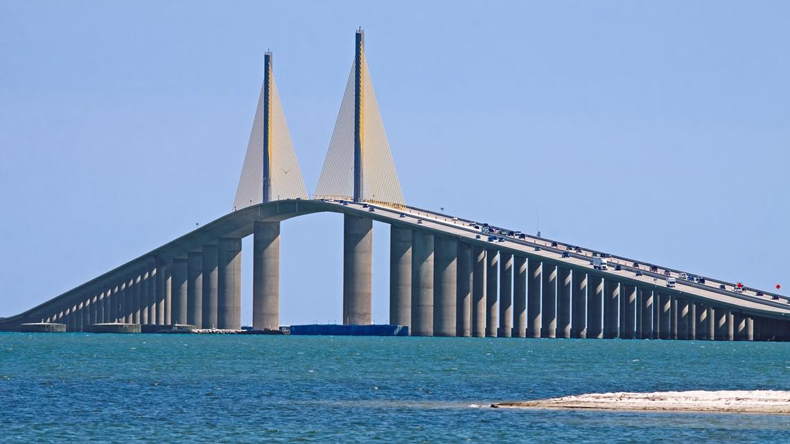 Powerful winds close the Sunshine Skyway Bridge