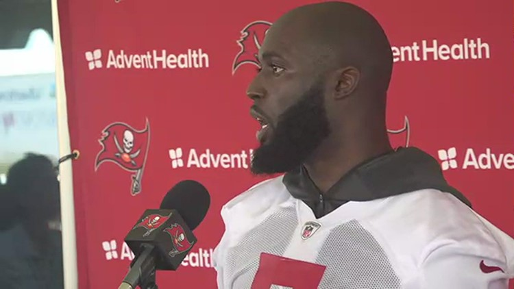 Bucs' Fournette on vaccines: Will talk with team doctors to make 'the best decision'