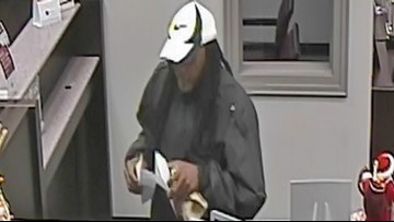 St. Pete police searching for man accused of robbing bank