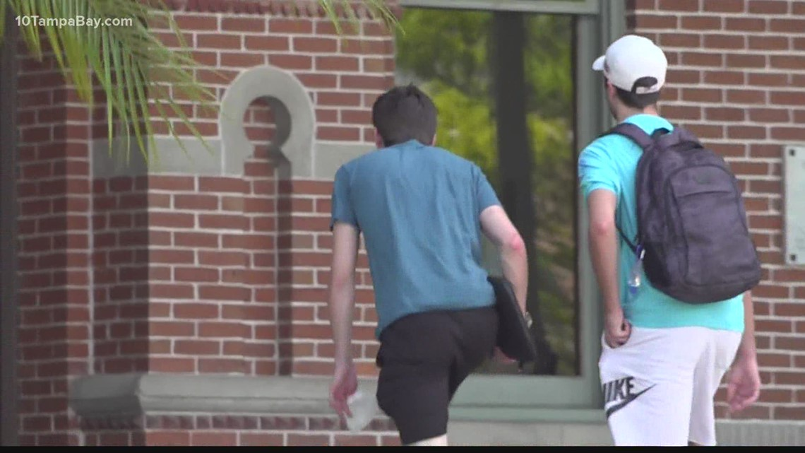 Pandemic finances, vaccines weigh heavy on incoming college freshmen