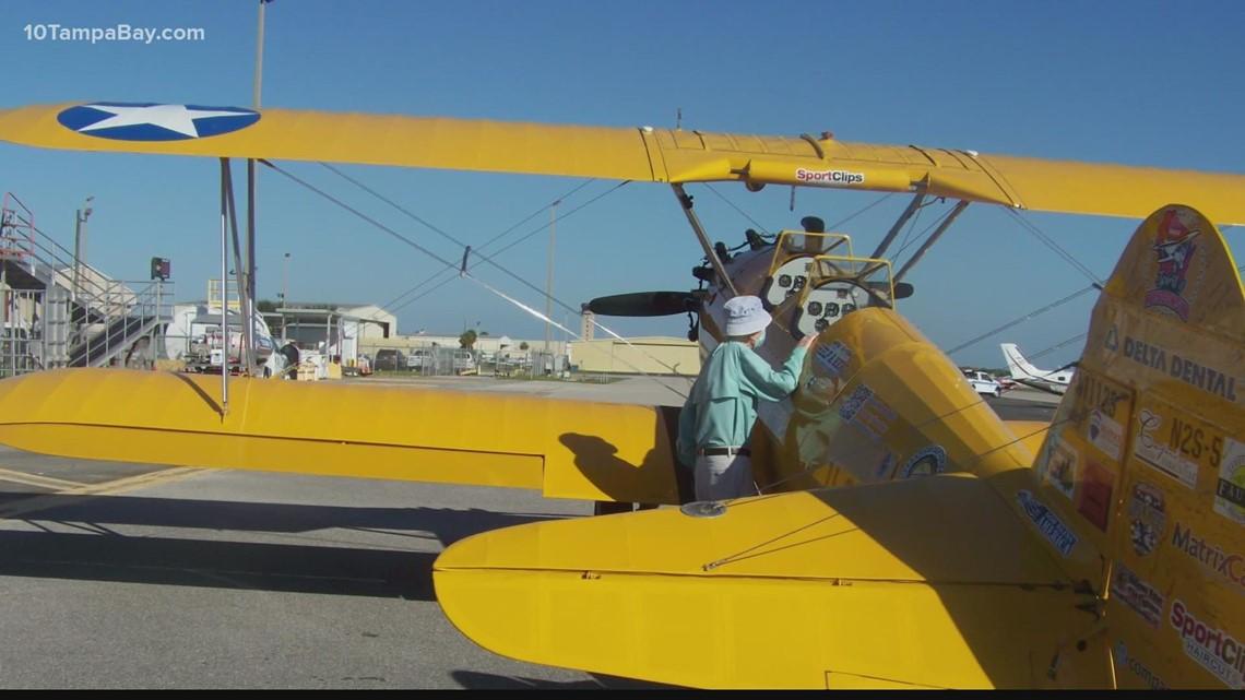 Sarasota veterans take Dream Flights in WWII-era biplane
