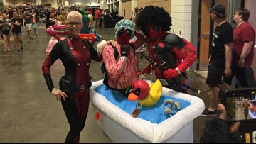 Tampa Bay Comic Con Day 2: Costumed fans fill Tampa