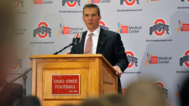 Ohio State head coach Urban Meyer announces retirement ...