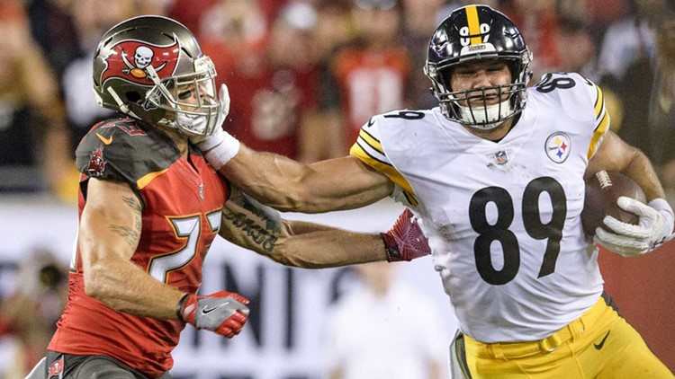 Bucs lead Steelers 7-6 after teams trade touchdowns