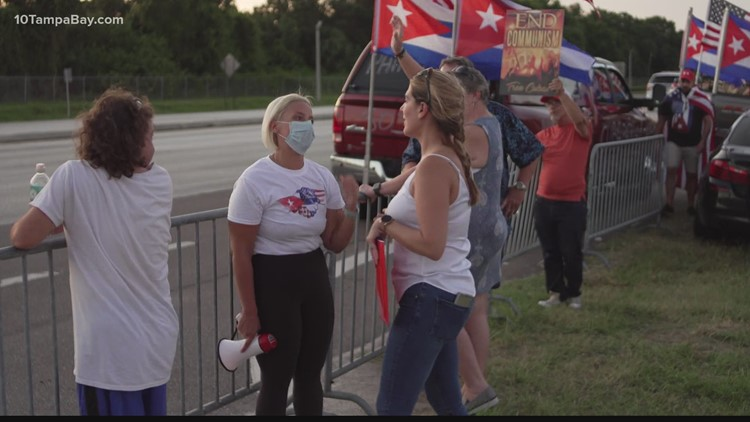 300 and counting: Tampa's Cuban-Americans sign letters so the fight for freedom won't die