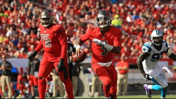 Tampa Bay Buccaneers hold off the Carolina Panthers 24-17