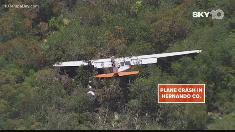 Small plane crashes in Hernando County, 2 suffered minor injuries
