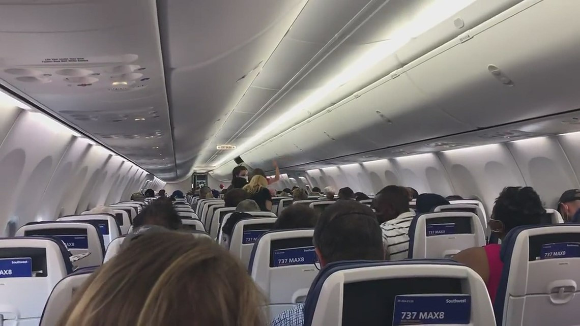 Go Bolts chant on flight heading to Raleigh