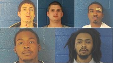 5 inmates break out of North Carolina jail, deputies say