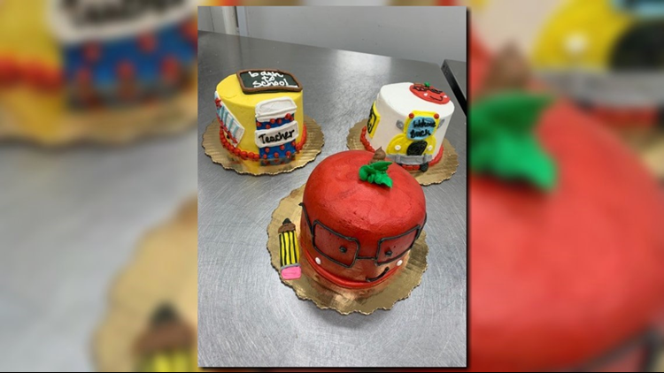 Back to school cakes 8-8-19