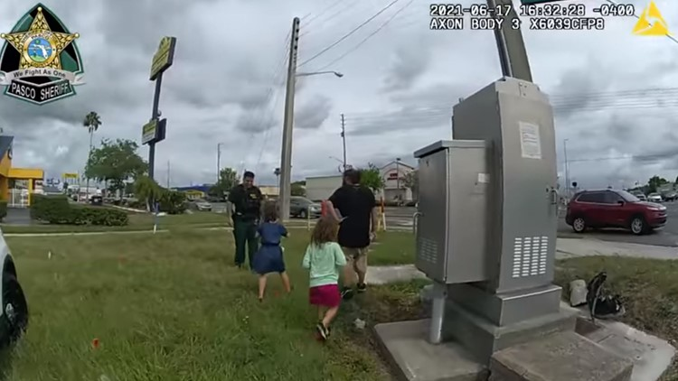 Pasco County deputies help a family in need